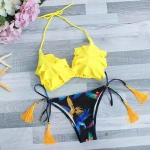 NWT Cute Yellow Ruffle Bikini Set